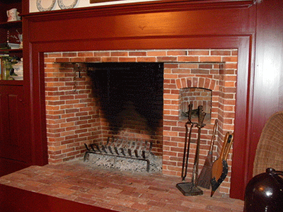reproduction fireplace with beehive oven